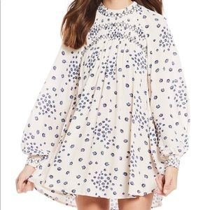 🦋NWT Free People Floral Smock Neck Blouse Size M